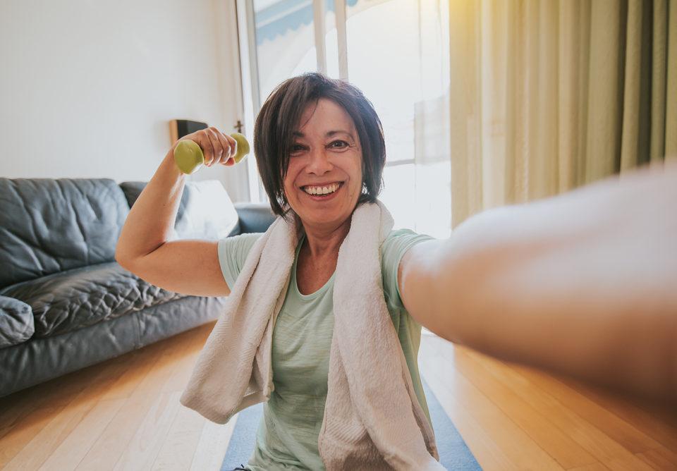 7 Aerobic Exercises for Seniors | Redbit Style